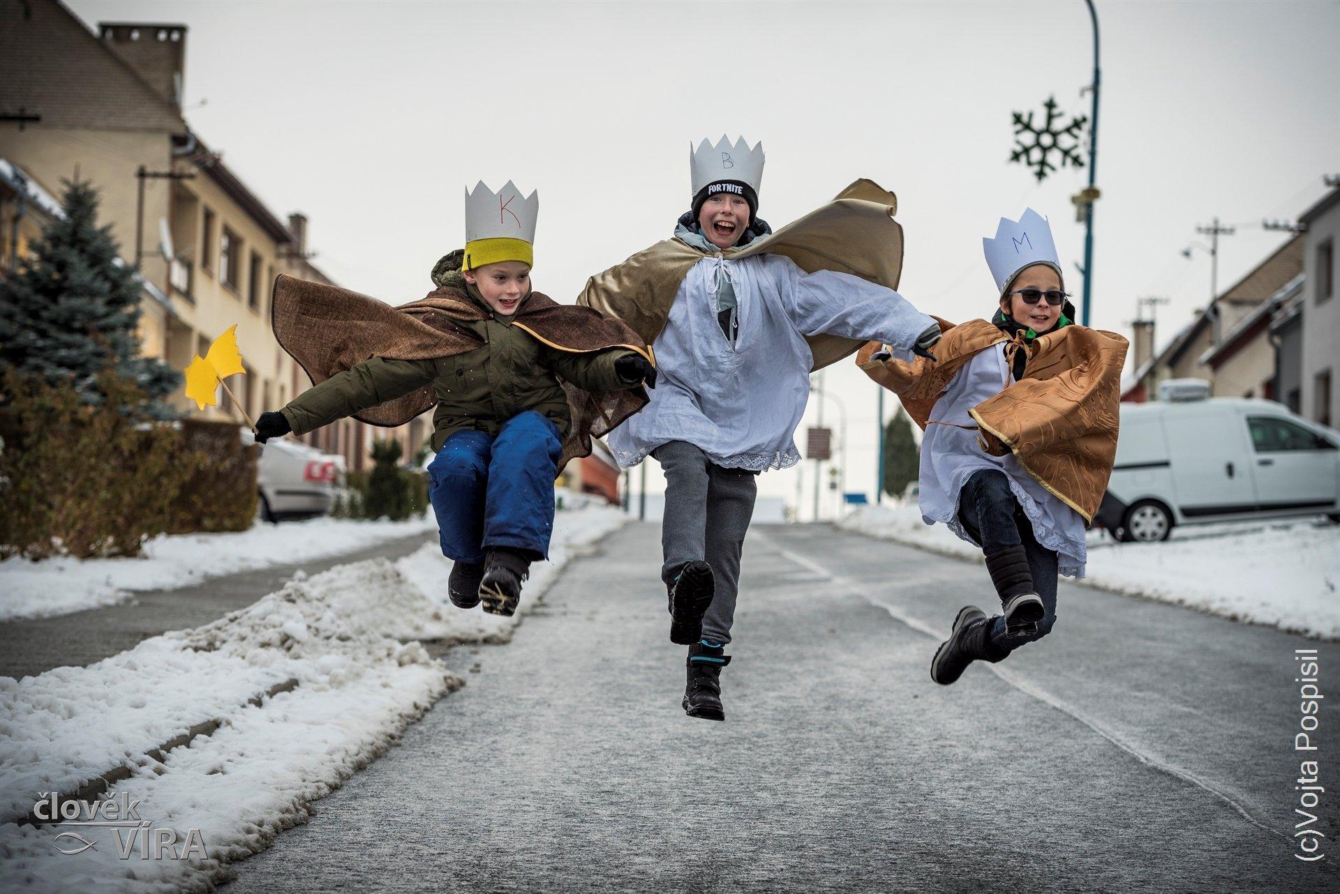 Tři králové vyrazili do ulic  77af03dc1d